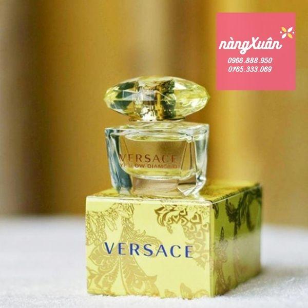 Nước hoa Versace vàng giá bao nhiêu