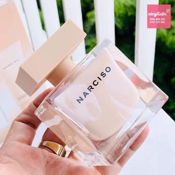 Nước hoa Narciso Poudree giá bao nhiêu