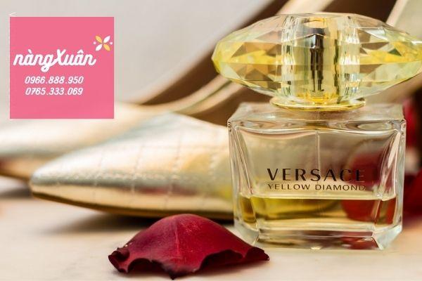 Nước hoa Versace vàng
