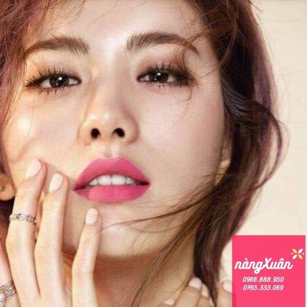 Swatch Chanel 138 Fouguese Lipstick màu hồng tươi