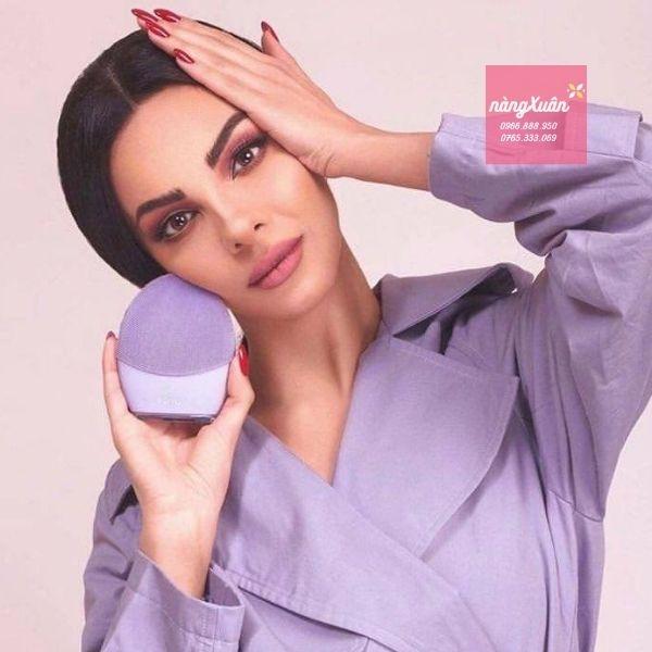 Foreo Sensitive Skin - Máy Foreo cho da nhạy cảm