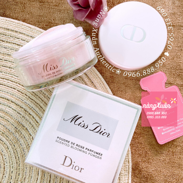 Hình shop chụp phấn Miss Dior
