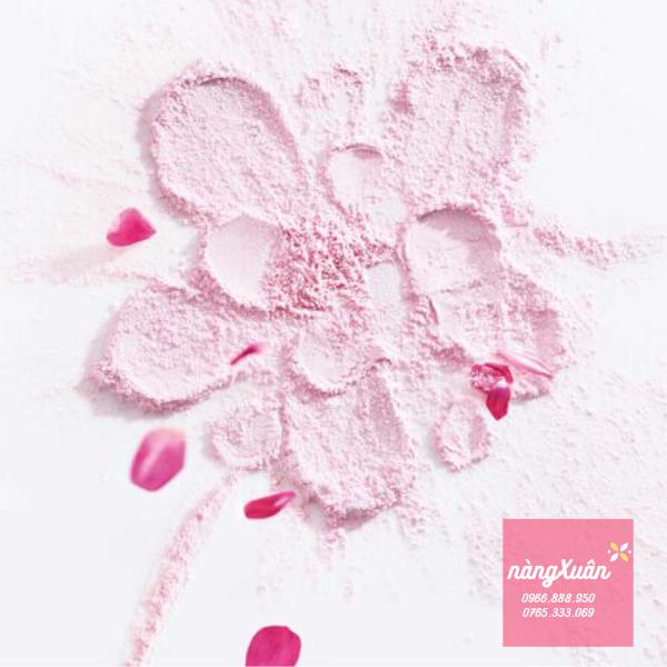Phấn Miss Dior Poudre De Rose ôm hương hoa