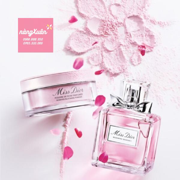 Phấn phủ hoa hồng Miss Dior Poudre De Rose Parfumee