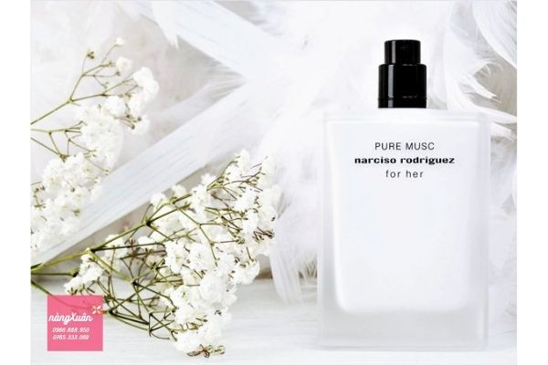 Narciso Rodriguez Pure Mucs For Her EDP 50ml màu trắng Review