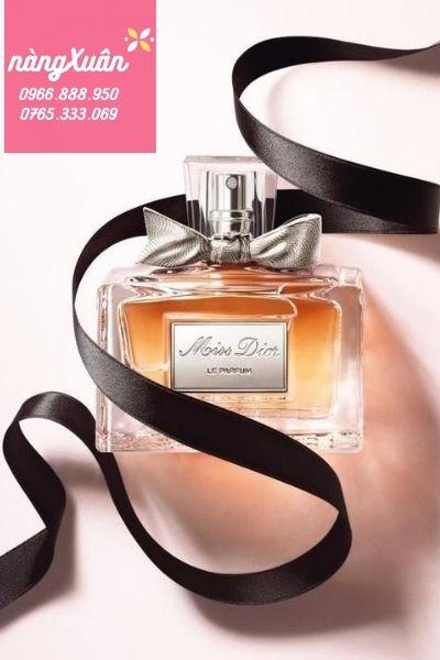 Review Miss Dior Eau de Parfum chính hãng giá bao nhiêu