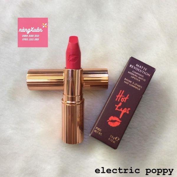 Electric Poppy là màu hot nhất trong bảng màu dòng Hot Lips