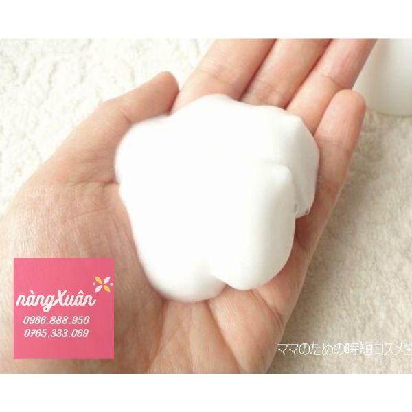 Sử dụng kết hợp sữa rửa mặt Muji và tẩy da chết Muji để có làn da đẹp