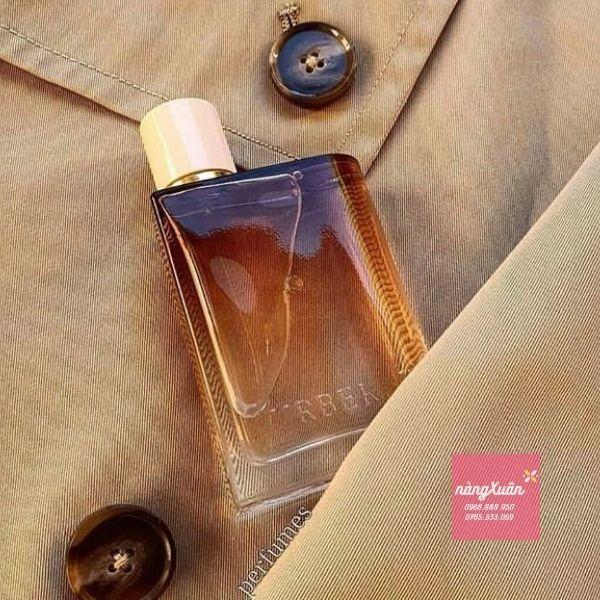 Mùi hương mang đến sự tinh tế, sang trọng những vẫn không kém phần sexy, quyến rũ.