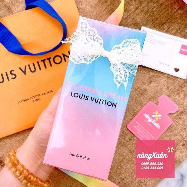 Hình shop chụp Louis Vuitton California Dream EDP 100ml Pháp kèm túi hãng được chăm chút trước khi trao đến tay các Nàng xinh đẹp sành điệu.