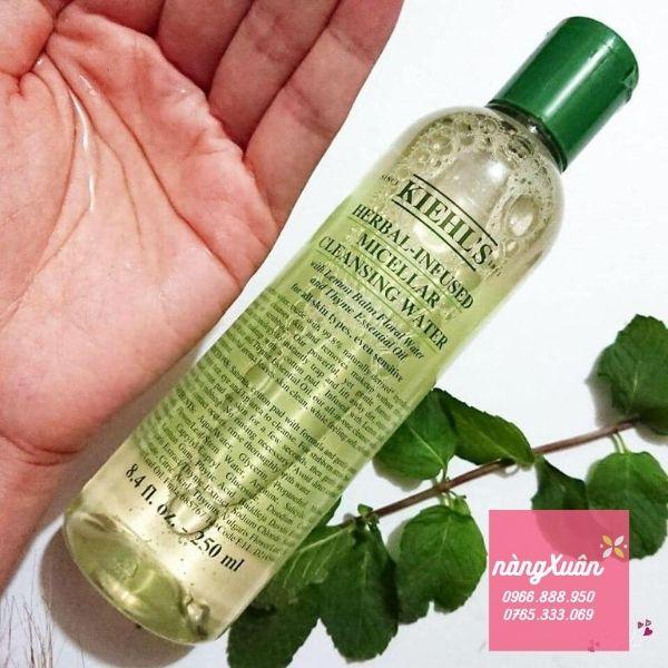 Review giá nước tẩy trang Kiehl's Herbal-Infused Micellar 250ml chính hãng