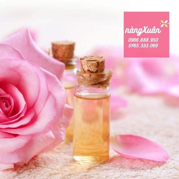 Công dụng nước hoa hồng