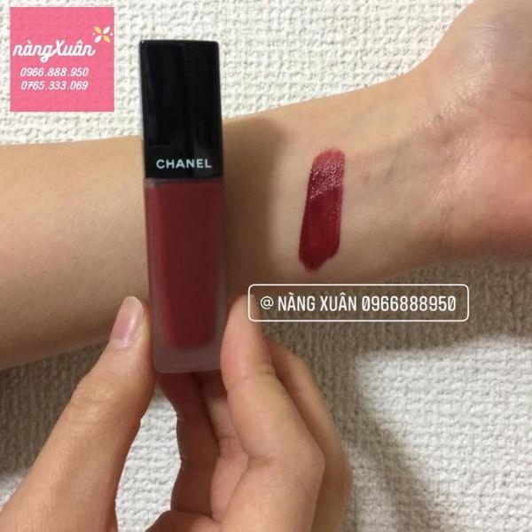 Swatch son Chanel Rouge Allure Ink màu đỏ mận