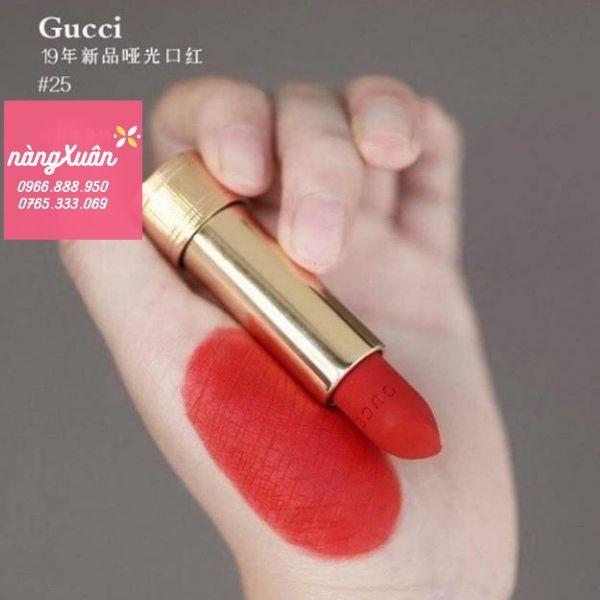 Son Gucci 25 Goldie Red màu Đỏ Cổ Điển
