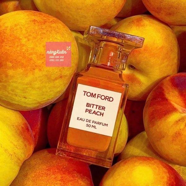 BITTER PEACH EDP tạo nên một làn sóng mạnh mẽ cho tín đồ yêu nước hoa xa xỉ của Tom Ford. Đánh dấu sự chạm đỉnh của sáng tạo với một hương thơm quá đỗi tuyệt vời của Tom Ford.