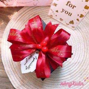 Hộp quà hoa hồng sáp đựng son