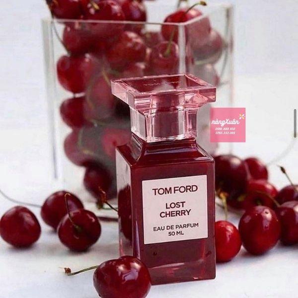 Review nước hoa tom ford lost cherry EDP 50ML là phong cách hiện đại phương Đông mới được trang trí bằng hoa và vị ngọt nồng nàn của rượu mùi anh đào.