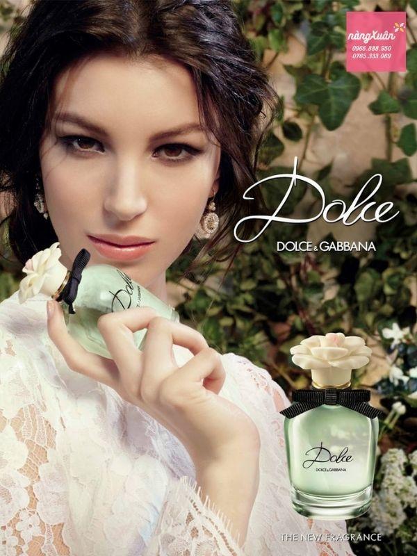 Một chiế nơ bằng ruy băng đen xinh xắn tạo điểm nhấn cho Dolce Gabbana Dolce EDP