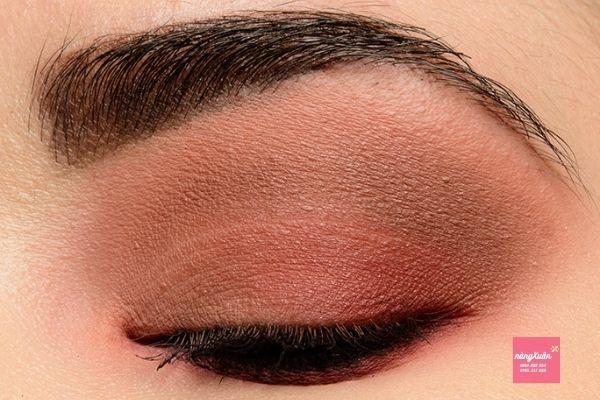 Cách đánh màu mắt Bảng màu mắt chanel 4 ô.
